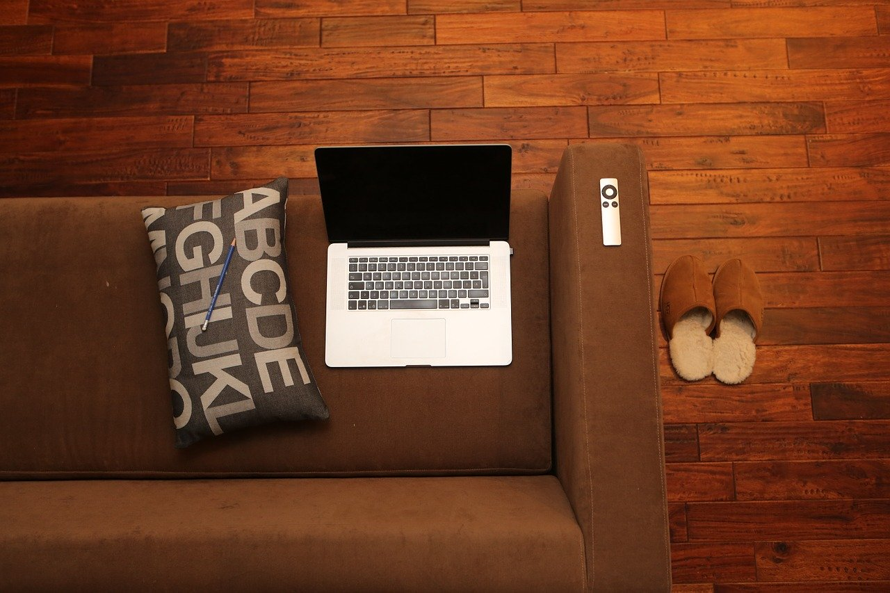 Home work place – how to arrange it?